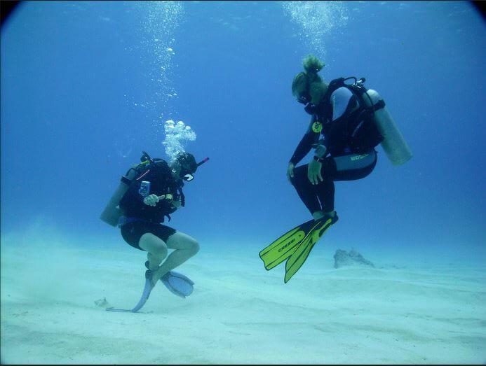 Mesoamerican-Coral-reef-Ocean-Scuba-Diving-17