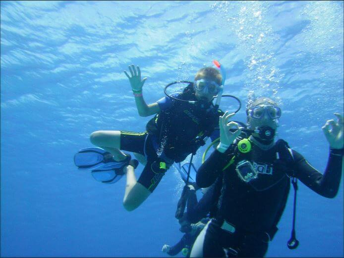 Mesoamerican-Coral-reef-Ocean-Scuba-Diving-32