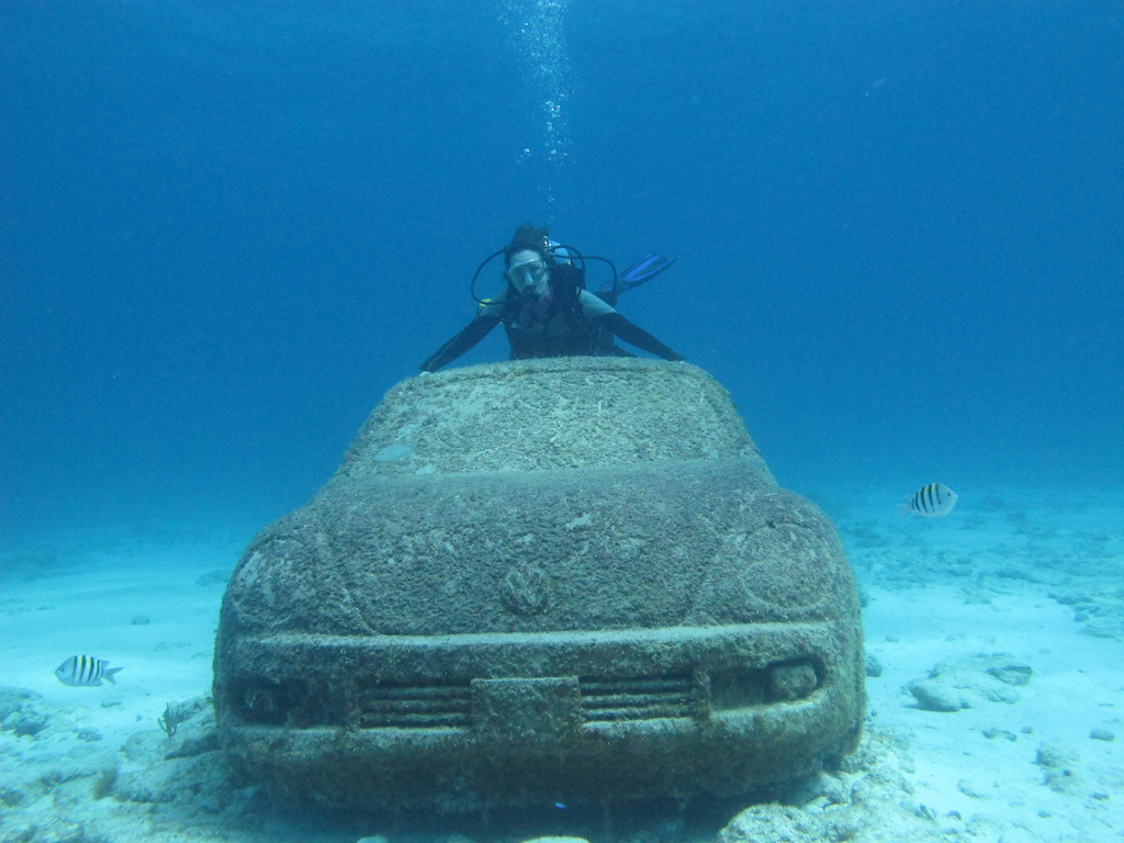 Scuba-Diving-Isla-Mujeres-MUSA-CareyDiveCenter-3