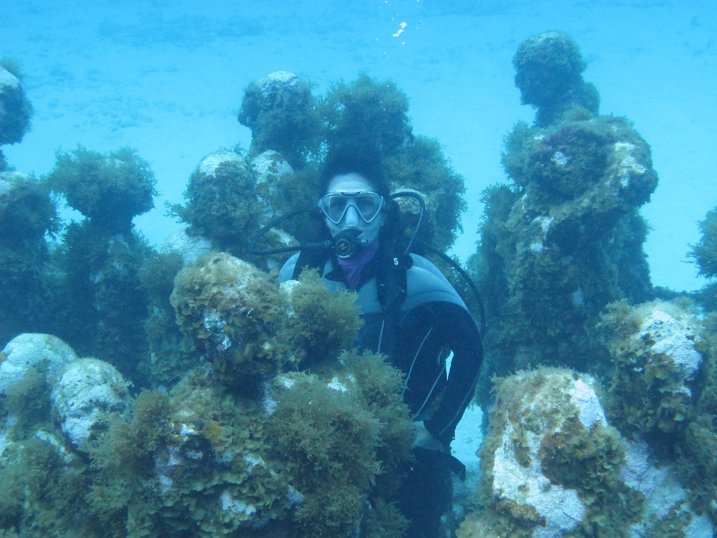 Scuba-Diving-Isla-Mujeres-MUSA-CareyDiveCenter-4