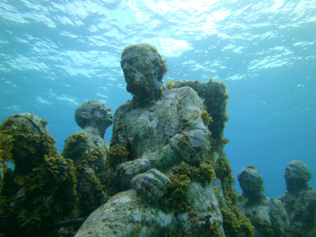 Scuba-Diving-Isla-Mujeres-MUSA-CareyDiveCenter-7