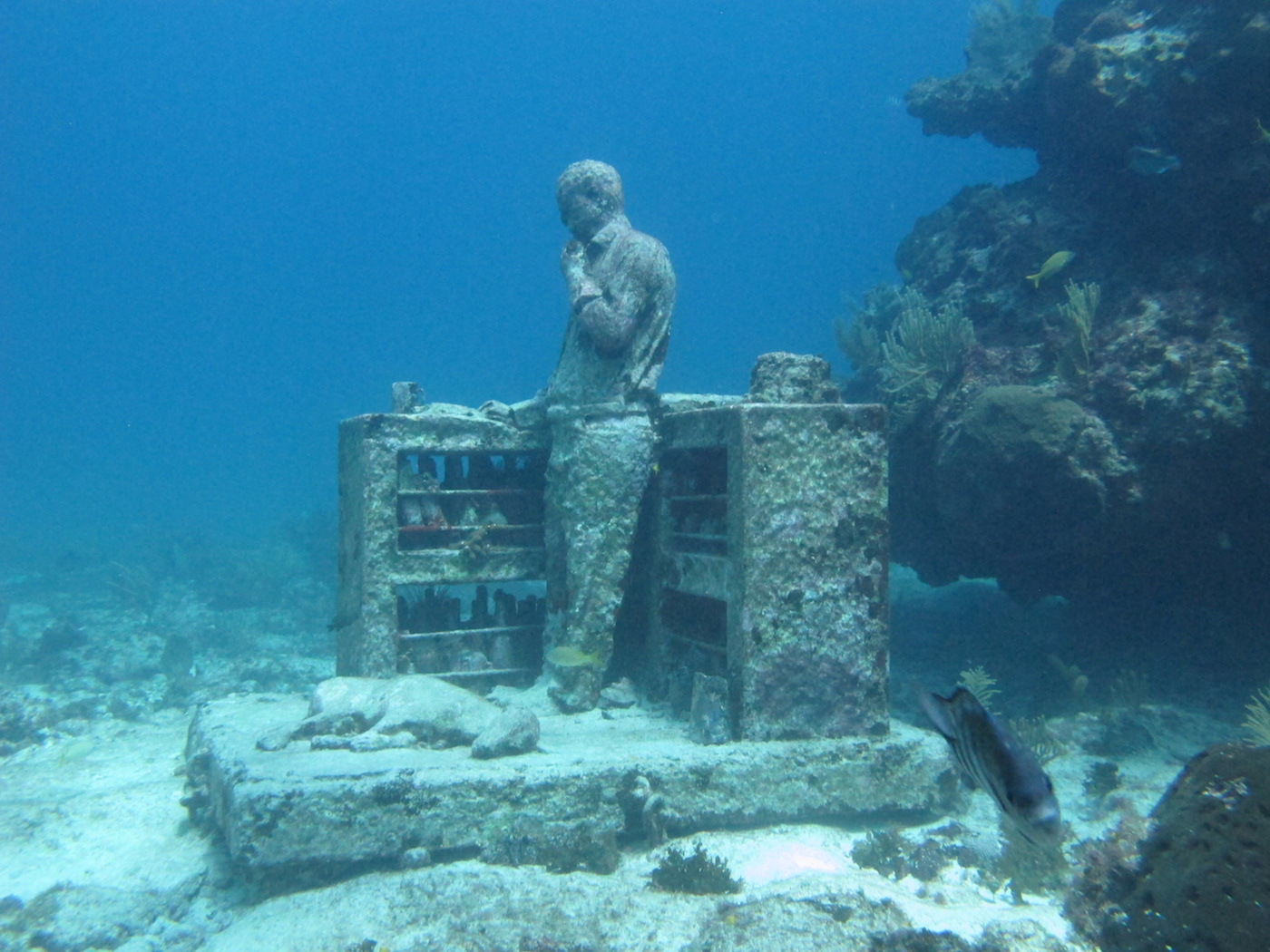 MUSA-Underwater-Museum-Snorkeling-Scuba-Diving-Tours-Isla-Mujeres-Carey-Dive-Center-3