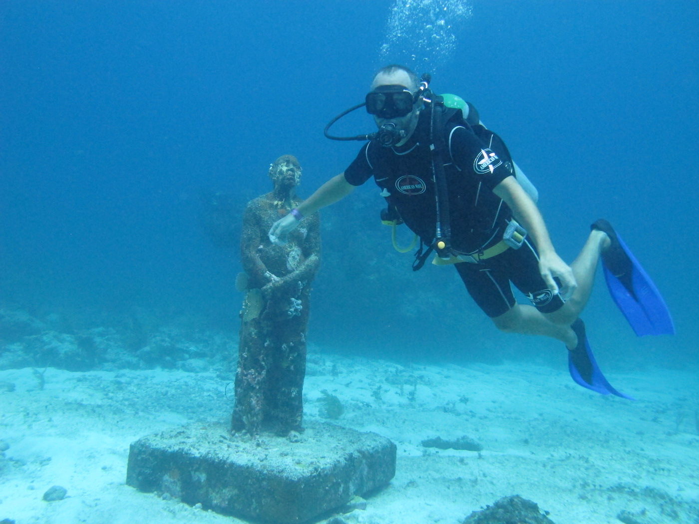 MUSA-Underwater-Museum-Snorkeling-Scuba-Diving-Tours-Isla-Mujeres-Carey-Dive-Center-4