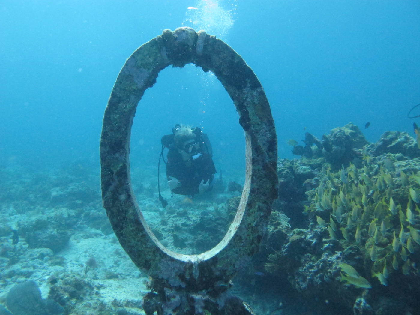 MUSA-Underwater-Museum-Snorkeling-Scuba-Diving-Tours-Isla-Mujeres-Carey-Dive-Center-8