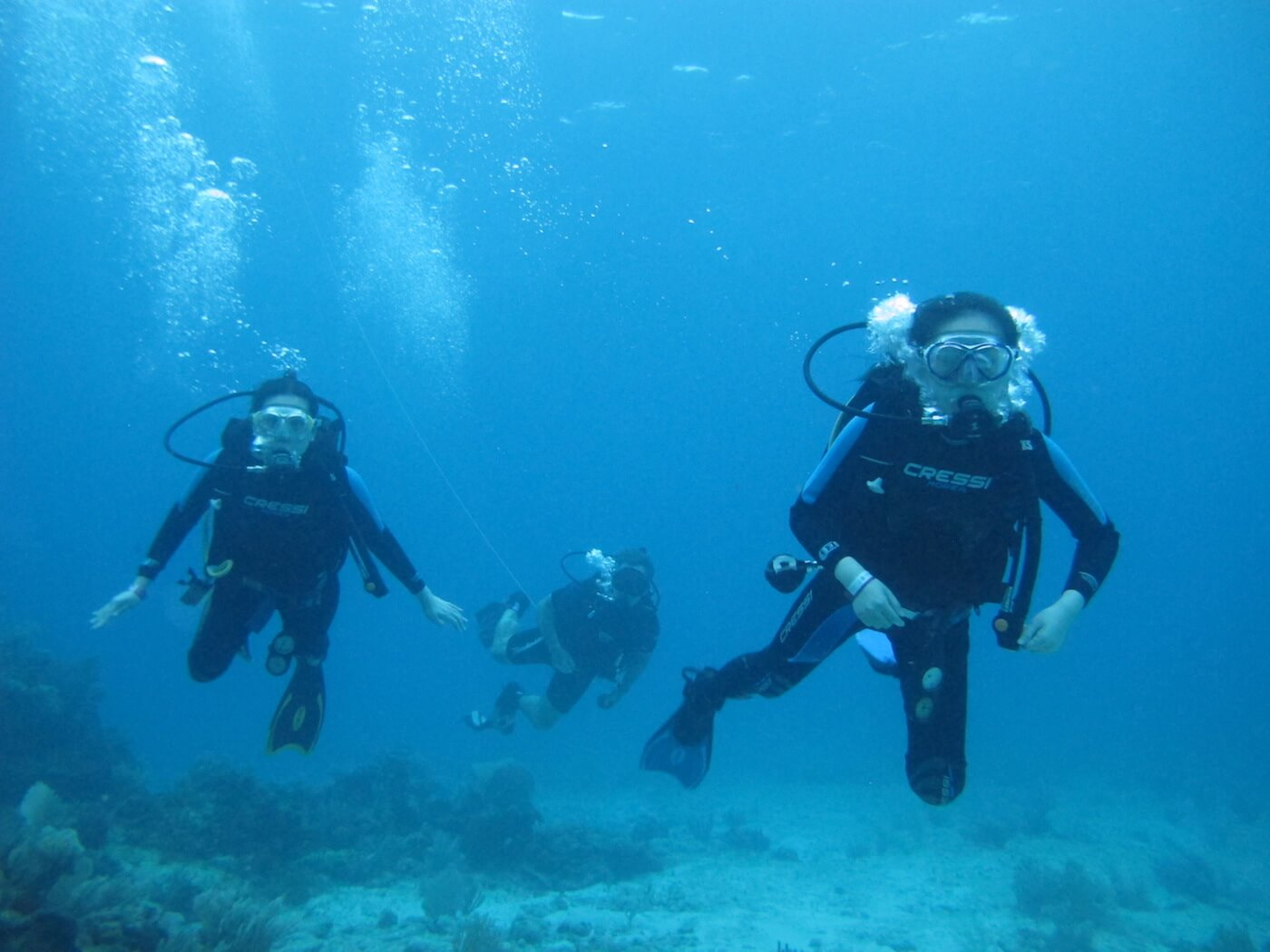 Scuba-Diving-Isla-Mujeres-Carey-Dive-Center-13
