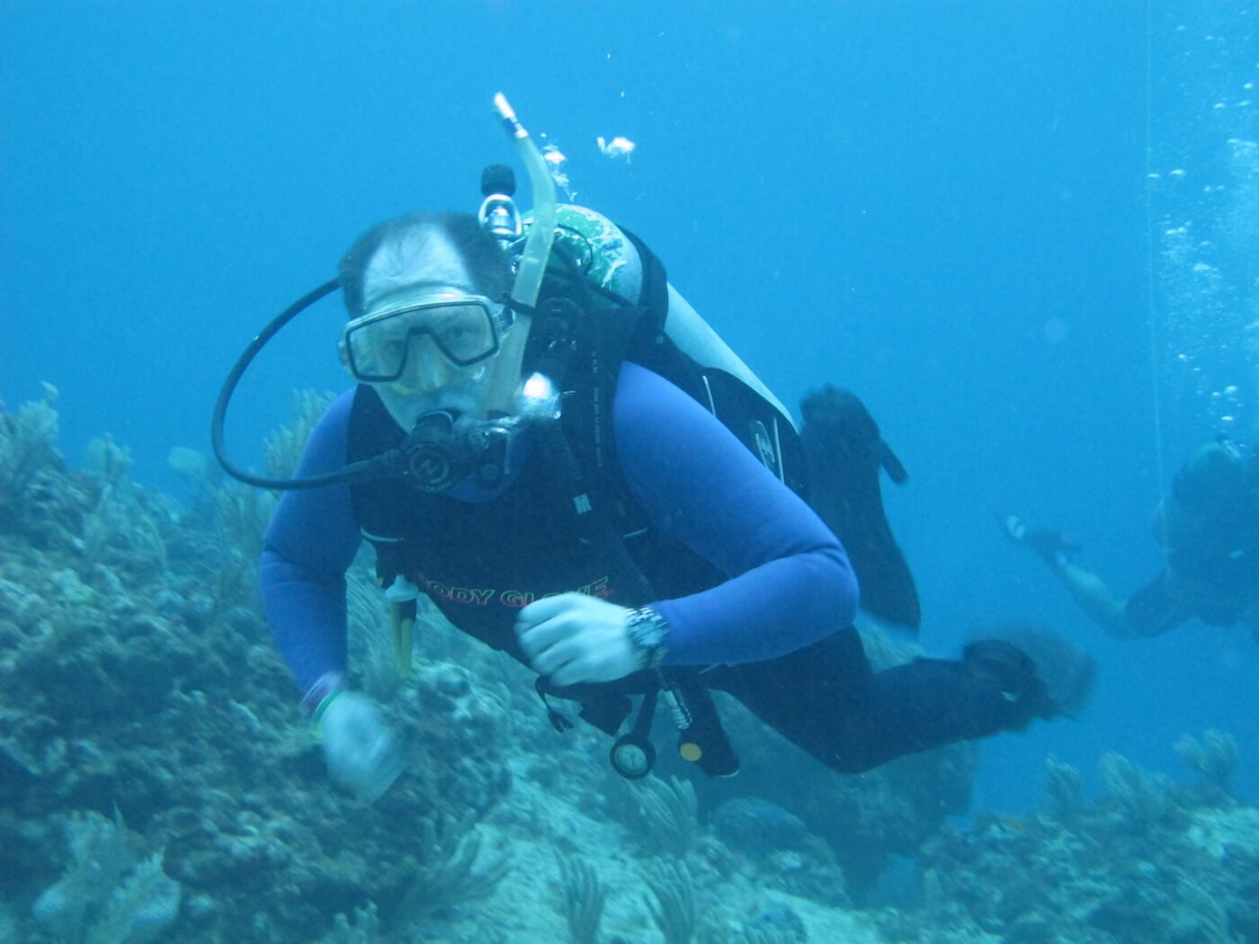 Scuba-Diving-Isla-Mujeres-Carey-Dive-Center-14
