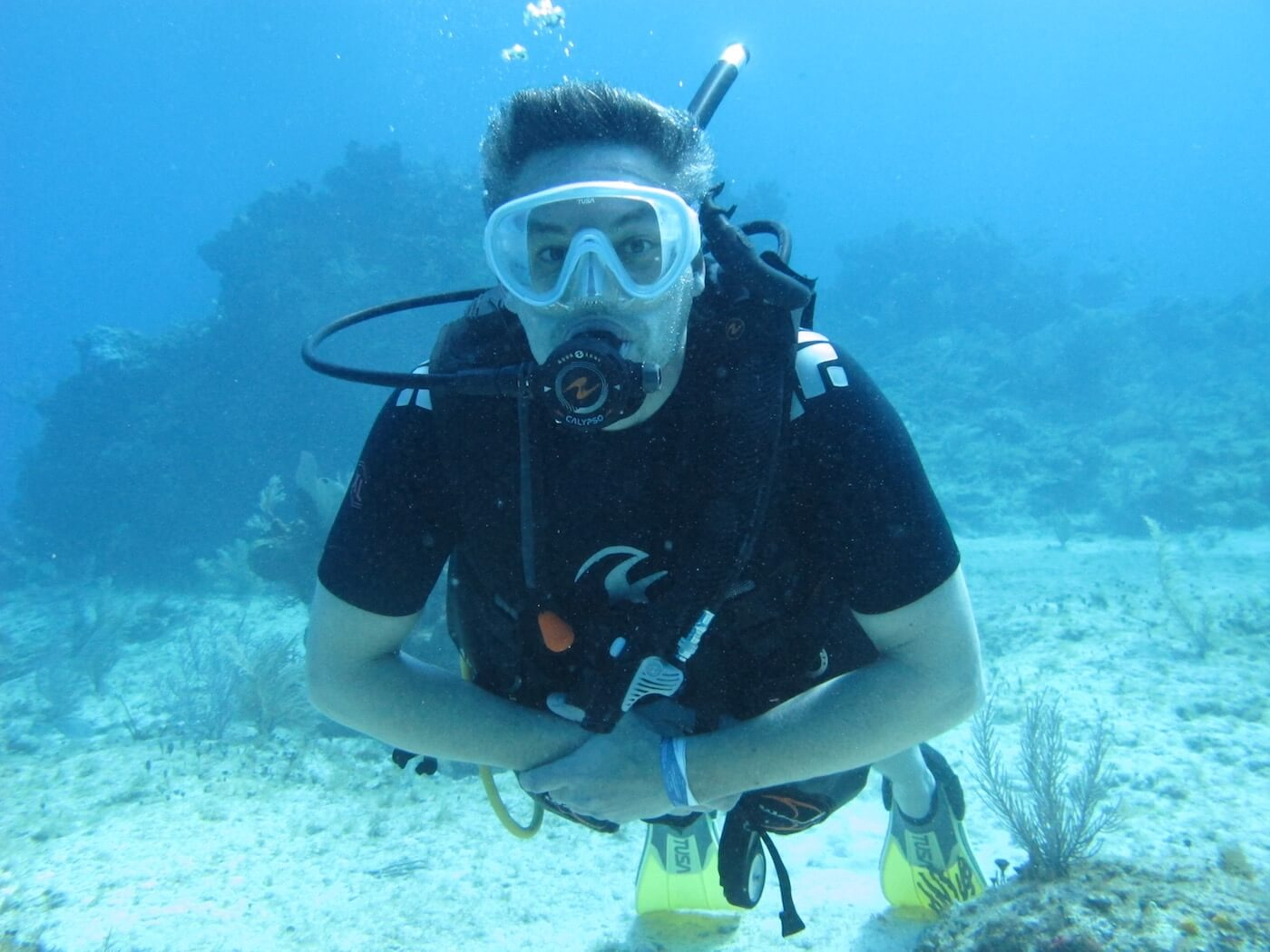 Scuba-Diving-Isla-Mujeres-Carey-Dive-Center-26