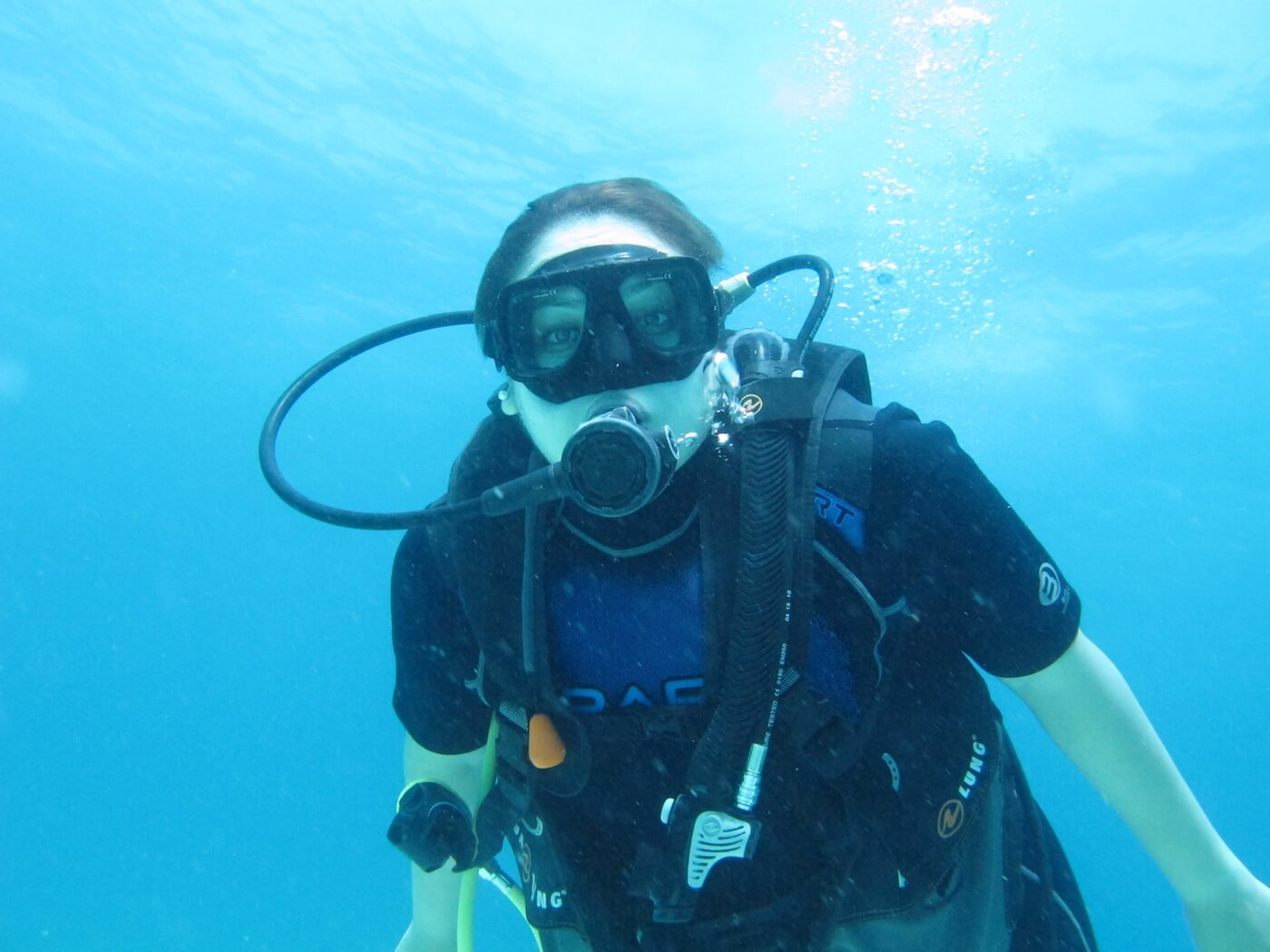 Scuba-Diving-Isla-Mujeres-Carey-Dive-Center-3