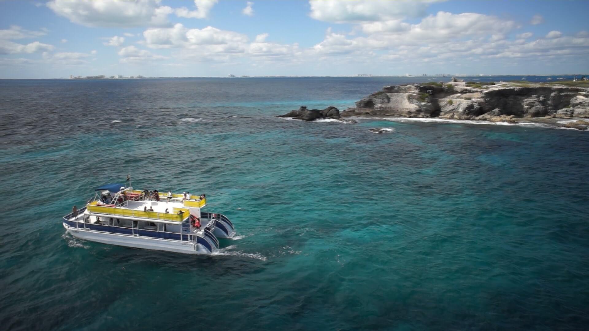 Whale-Shark-Tours-Snorkel-Cancun-Isla-Mujeres-Riviera-Maya-3