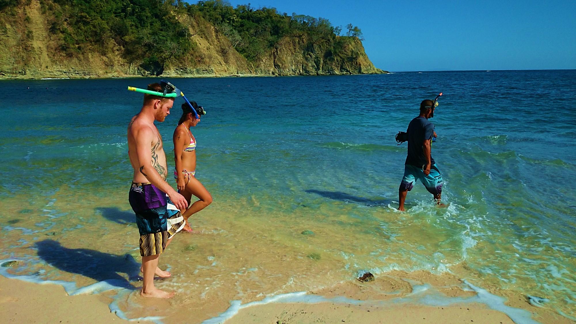 Isla Chora Carrillo Adventures