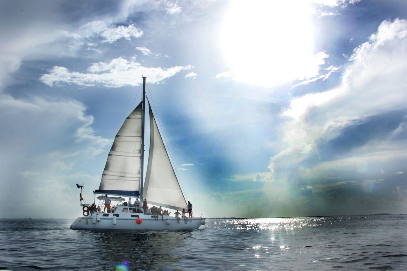 Sailing-Catamaran-Tours-Cancun-Isla-Mujeres