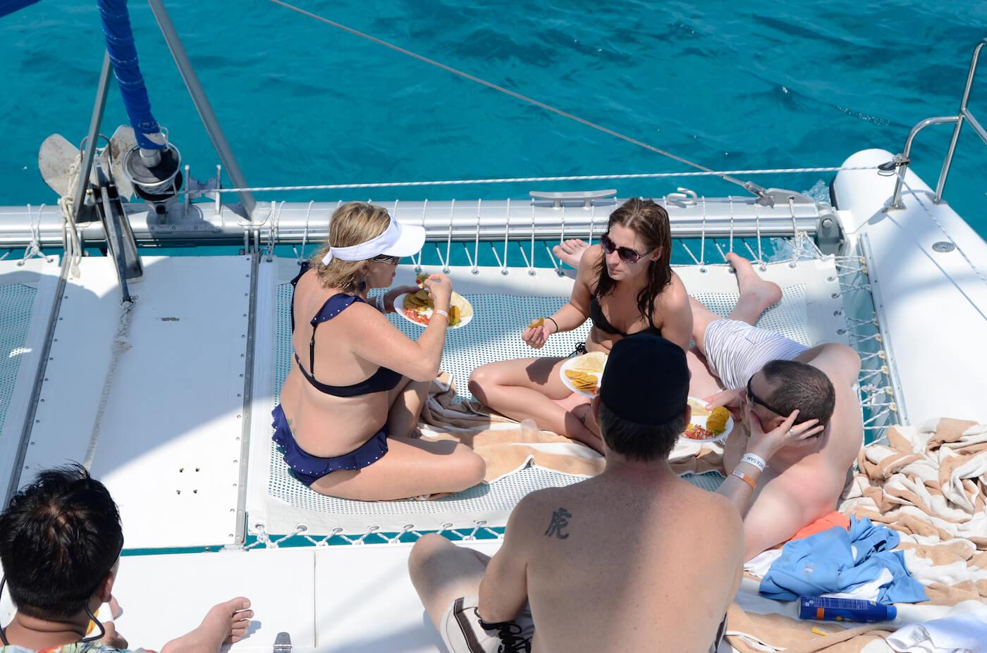 Catamaran-Trips-Cancun-Isla-Mujeres-12