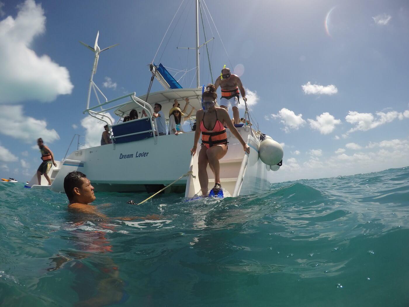 Catamaran-Trips-Cancun-Isla-Mujeres-19