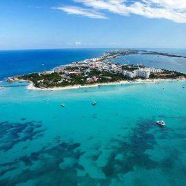 Catamarans-Sailing-Trips-Cancun-Isla-Mujeres-2