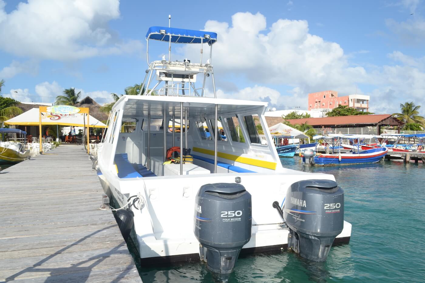 Cancun-Dive-Center-Carbbean-Connection-Dive-Boat-5