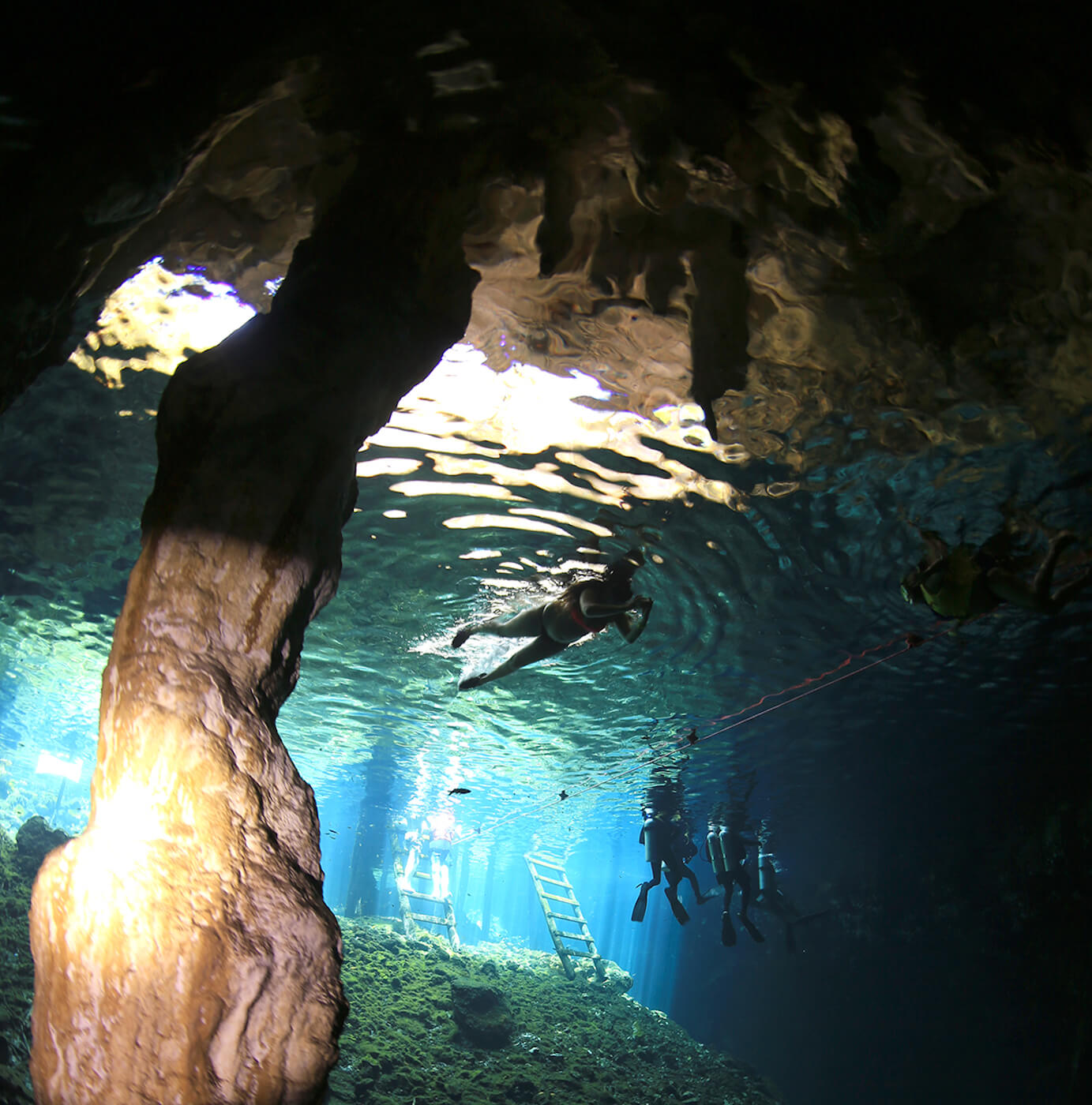 Cancun-Diver-Center-Cenote-Diving