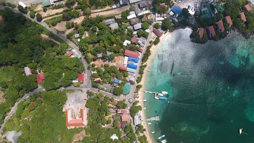 Pro Scuba Diving Courses Roatan Coconut Tree Divers Dive Shop1