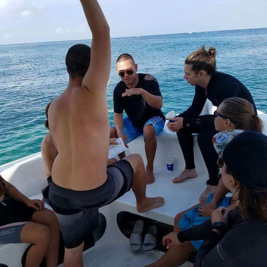 Roatan-Pro-Dive-Shop-Courses-Professional-Scuba-Diving-Tec-Certifications-10