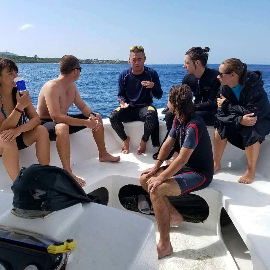 Roatan-Pro-Dive-Shop-Courses-Professional-Scuba-Diving-Tec-Certifications-4