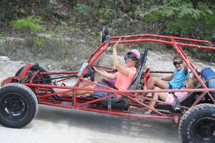 Dune-buggy-cozumel-mayan-village-offroad-tour-8