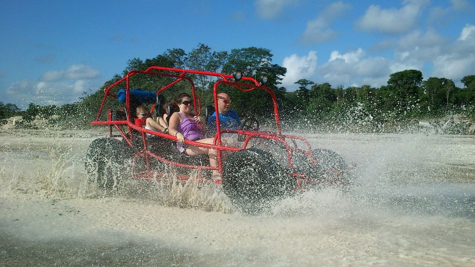 Dune-buggy-cozumel-punta-sur-tour-17