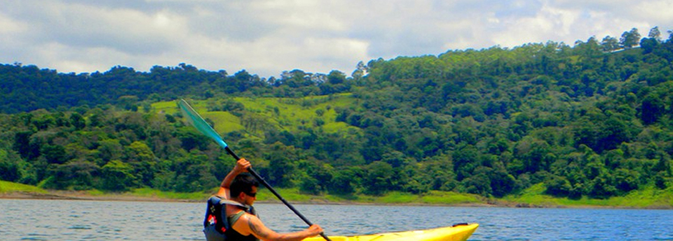 lake-arenal-kayaking-1