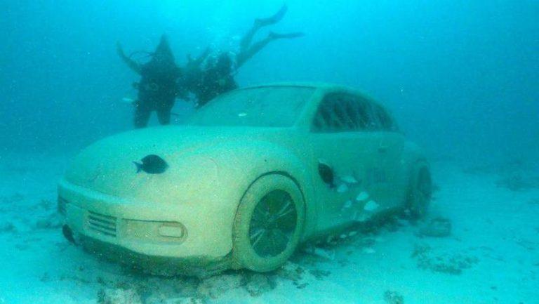 Scuba Diving Isla Mujeres. MUSA, Underwater Museum