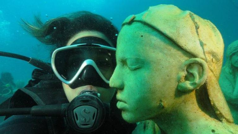 First time diving Isla Mujeres. MUSA Underwater Museum