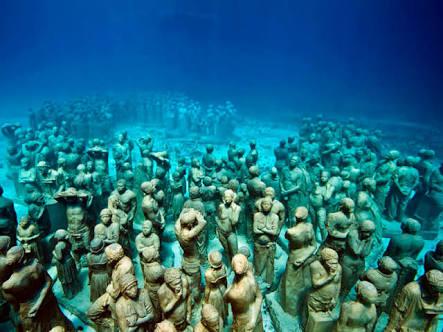 Isla-Mujeres-Trips-Snorkeling-Catamaran-Tour-2