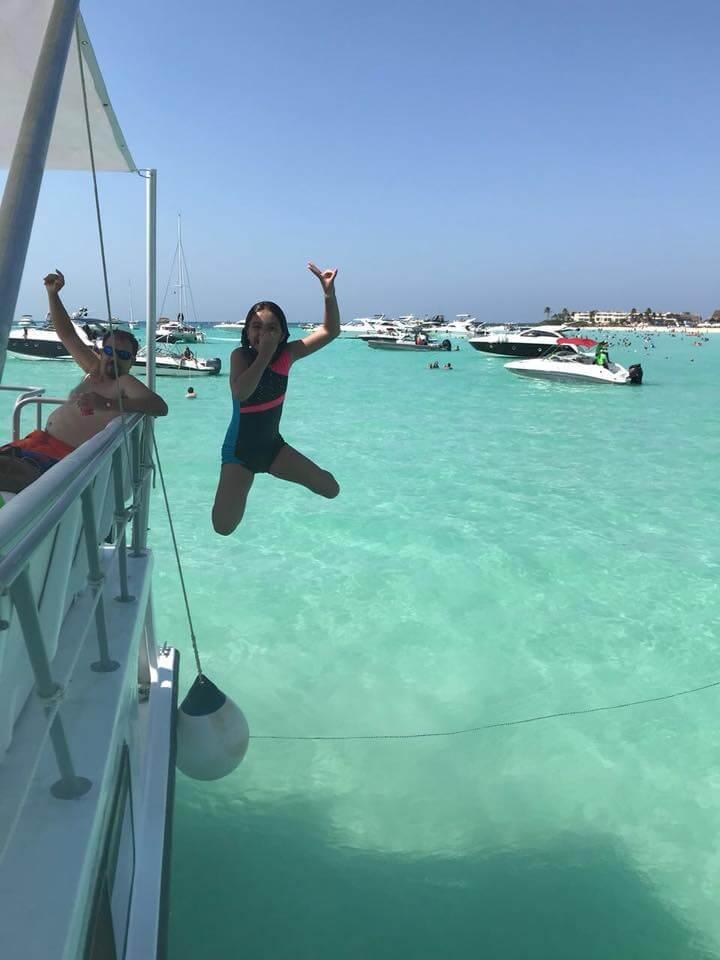 Isla Mujeres Snorkel Tour Nautik Adventours-1