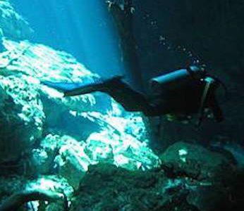 Cenote Dive Trip – Dos Ojos