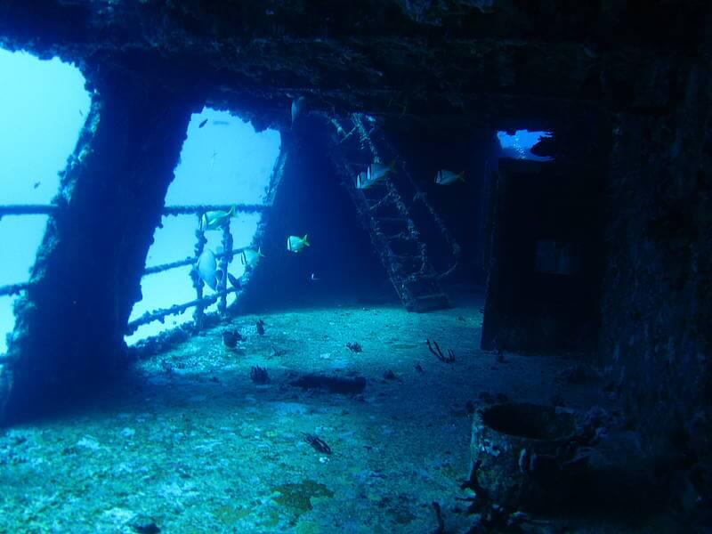 Isla Mujeres Shipwreck Scuba Diving Squalo Adventures-4