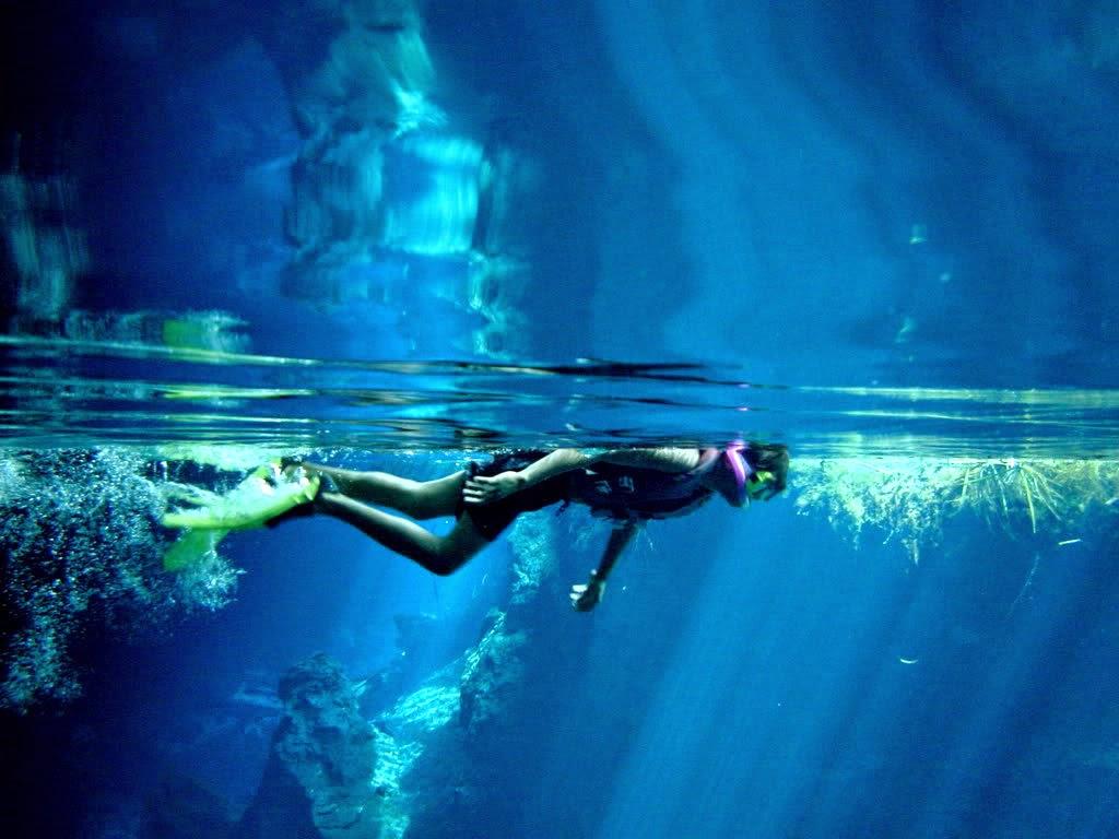 snorkel-cenote-dos-ojos-01-ya